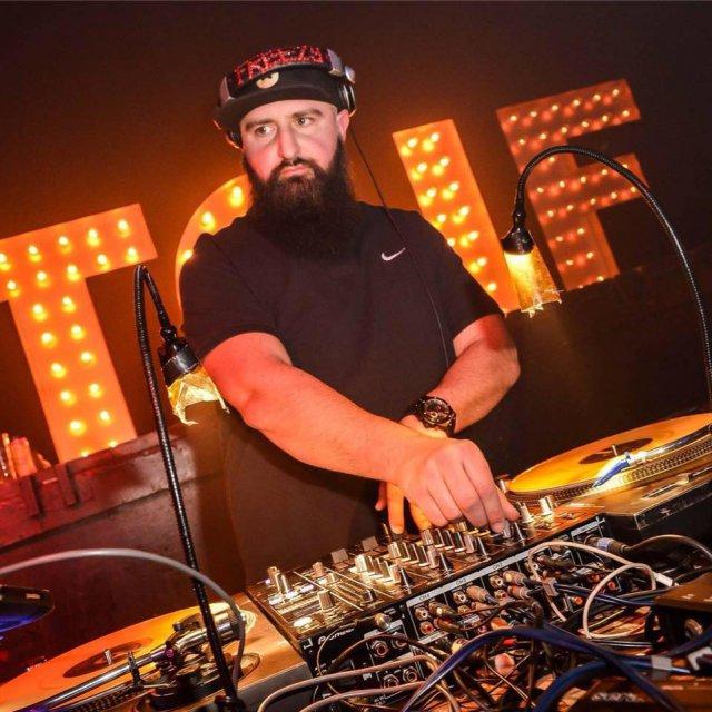 DJ Freezy Fresh